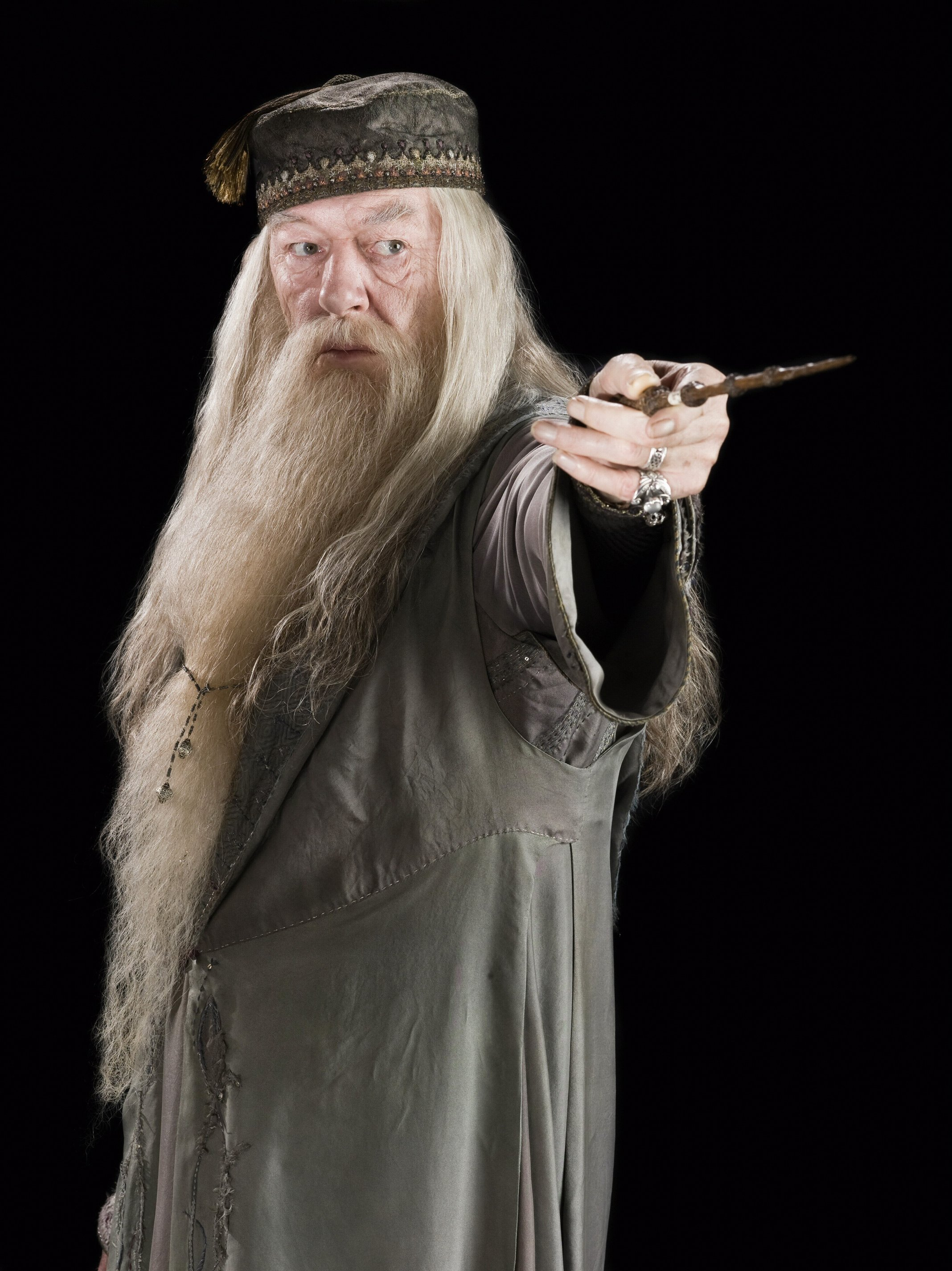 Albus dumbledore lucien maverick 39 s blog for Dumbledore with wand